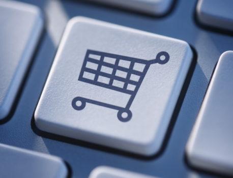 Comment peut-on percevoir les principaux avantages du commerce en ligne ?